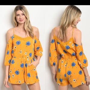 Dresses & Skirts - NWT Adorable yellow romper jumpsuit